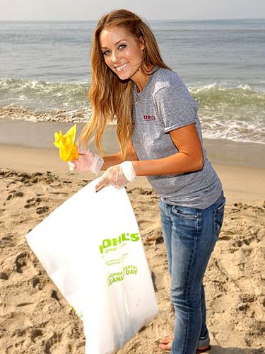lauren-on-the-beach